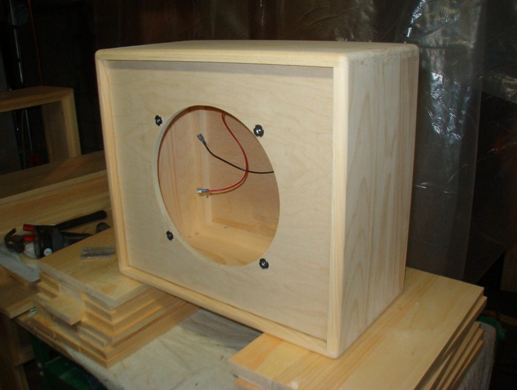 Heres How To Build A Guitar Amp Cabinet Free Plans Inside Wiring 1x12