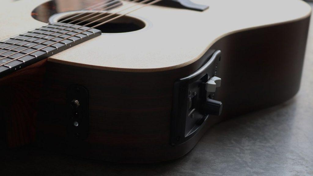 Hyvibe smart guitar